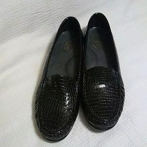 SAS Simplify Croco Print Loafers